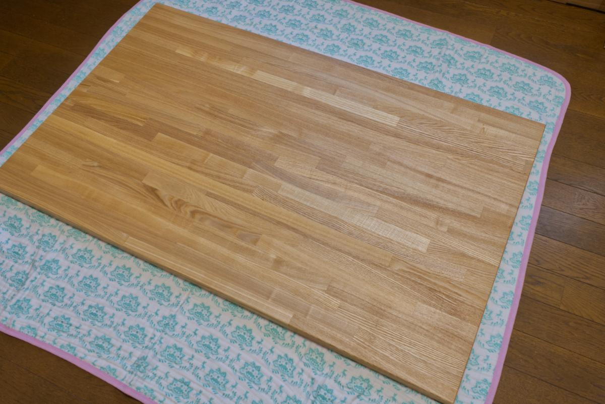 購入したタモ板の表面